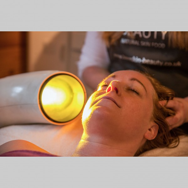 Blissful Radiance Facial, Light Therapy & Back Polish